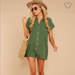 Green romper, only worn once. Like new!